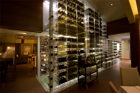 Bringing your wine cellar to light wine design - Moderne wijnkelder ...